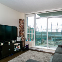 1105-821 Cambie